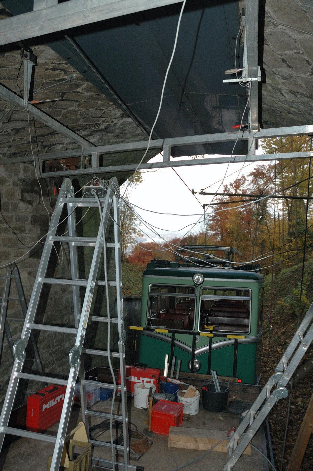Rückverankerung, Messbasis Bogenbrücke aus Naturstein